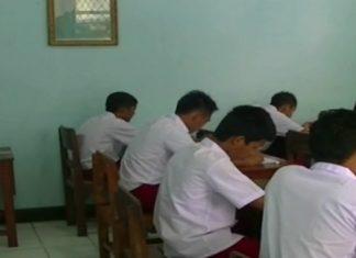 16 Anak Binaan LPKA Blitar Ikuti Ujian SD