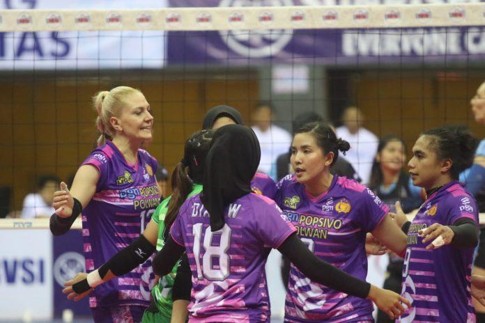 Selebrasi kemenangan Jakarta PGN Popsivo Polwan