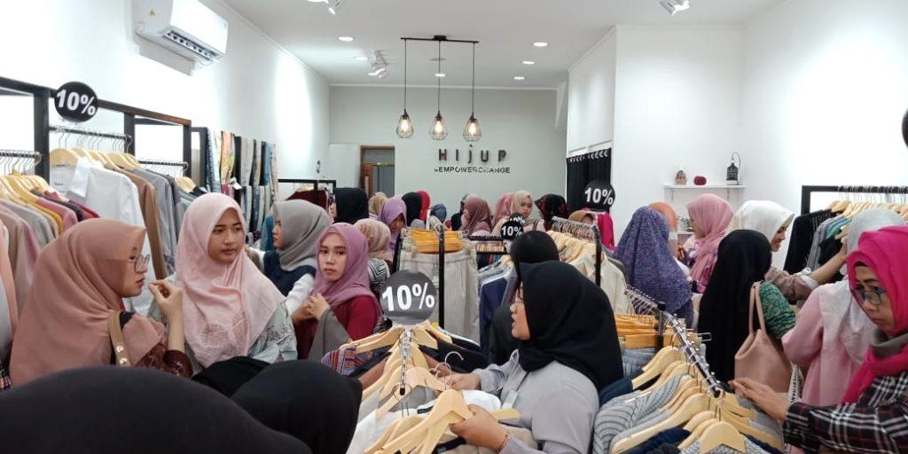 Suasana di Hijup Store Kediri
