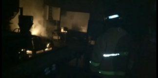 Pabrik Mi dan Penggorengan Bawang di Tulungagung Terbakar