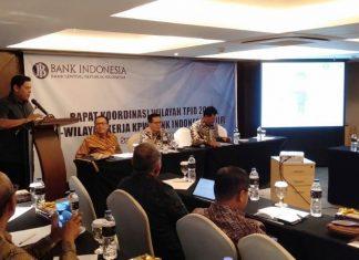 Mas Abu saat rapat Koordinasi Wilayah TPID Kantor Perwakilan Wilayah Bank Indonesia Kediri, di Hotel Louise Kienne Semarang, Kamis (18/7) . (foto : Humas)