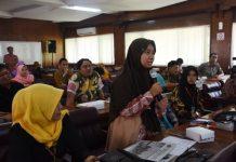 Seminar oleh Sejarawan dan akademisi dari Universitas Negeri malang di ruang kilisuci Pemkab Kediri.